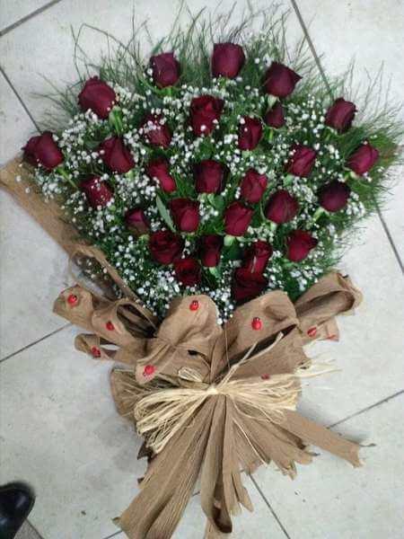 29 kırmızı gülden kız isteme söz çiçeği