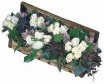 Ulus Ankara çiçek servisi , çiçekçi adresleri  13 adet beyaz sandikta gül