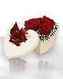 Ulus Ankara çiçek gönderme sitemiz güvenlidir  Kutuda 5 adet harika gül